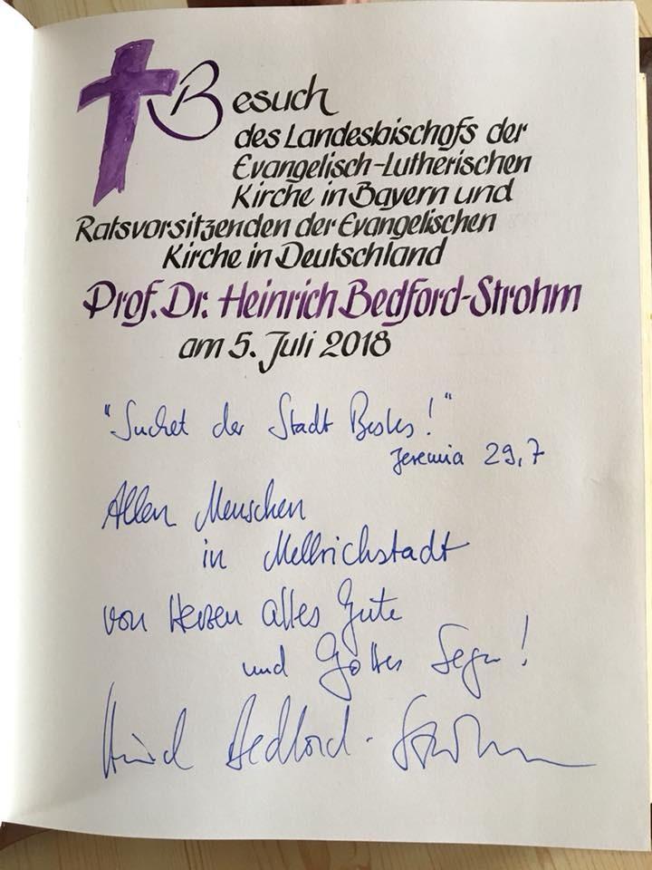 Eintrag ins Goldene Buch der Stadt Mellrichstadt (c) Landesbischof